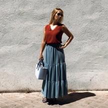 FD297 - Falda larga azul...