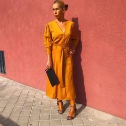 VES219 - Vestido mostaza...
