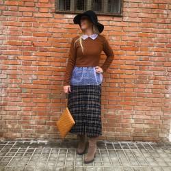 FD242 - Falda midi plisada...
